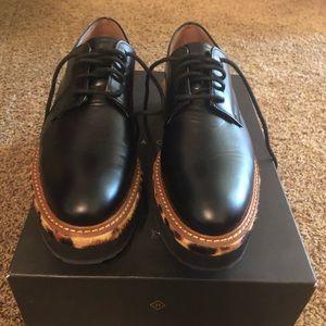 Black and leopard halogen shoes Size 7.5